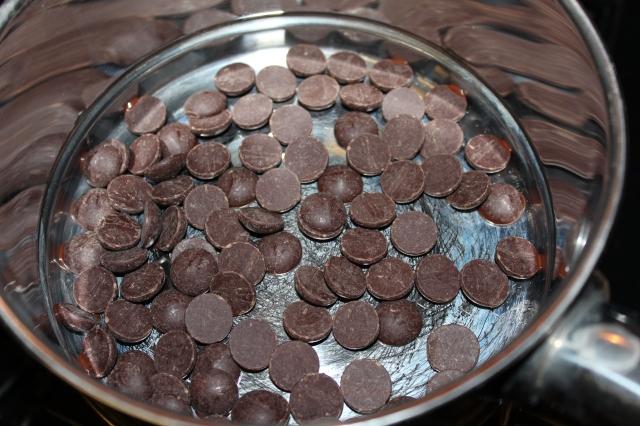 Avocado-Chocolate Mousse Recipe via bakeforcoffee.com