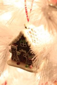 Sweets Tree via bakeforcoffee.com