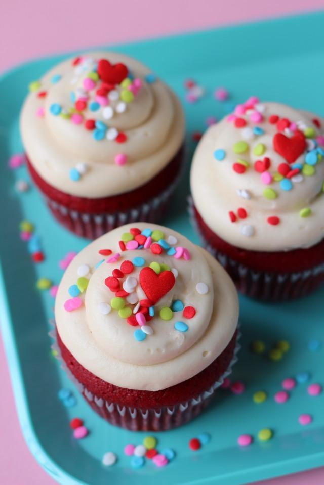 Red Velvet Cupcakes via bakeforcoffee.com